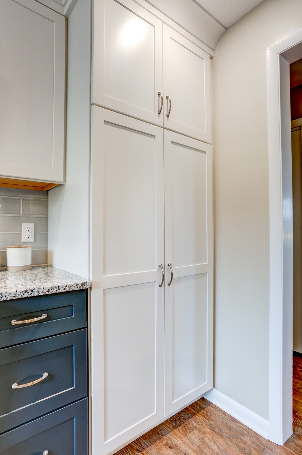 Floor to Ceiling Cabinets in Warwick Township Kitchen Remodel